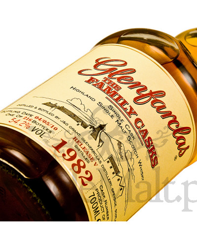 Glenfarclas 1982 The Family Cask / Release V / 2010 / 54,2% / 0,7 l