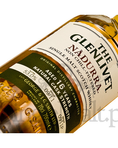 Glenlivet 16 Years Old Nadurra (batch 0911P) / 2011 / 53% / 0,7 l
